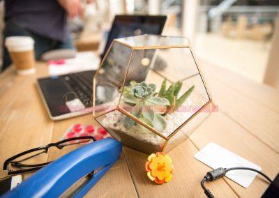 Biz Life - Nicole's Messy Desk SAMPLE-2