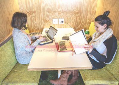 Biz Life - Working Together SAMPLES-4