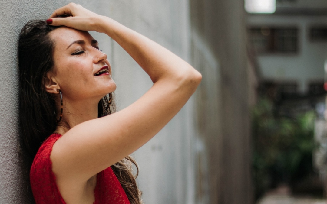 44 Ways To Feel Sensual As A Woman